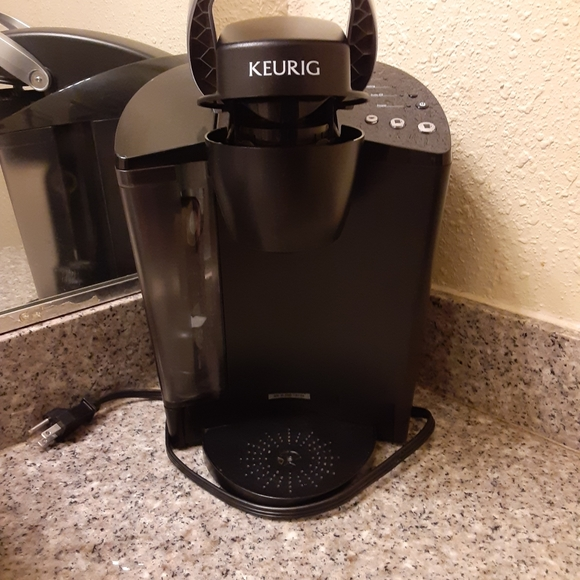 Keurig 1500 commercial size